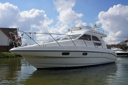 Sealine F33 for sale in United Kingdom for £78,950