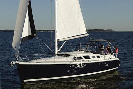 Hunter 41 Deck Salon for sale in United States of America for $135,000 (£104,169)