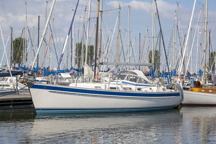 Hallberg-Rassy 40 for sale in Netherlands for €268,000 (£241,038)