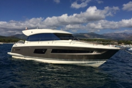 Prestige 450 S for sale in France for €300,000 (£266,605)