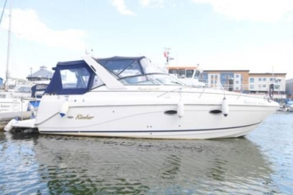 Rinker Fiesta Vee 270 for sale in United Kingdom for £39,000