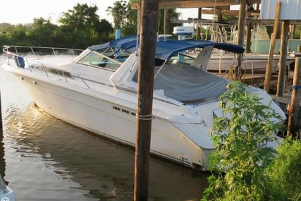 Sea Ray 420 Sundancer for sale in United States of America for $42,500 (£32,625)