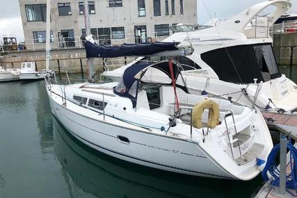 Jeanneau Sun Odyssey 32i for sale in Ireland for €39,950 (£35,756)