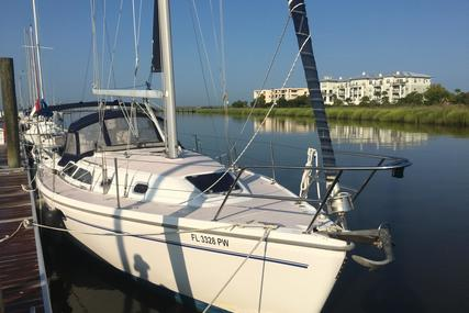 Catalina 310 for sale in United States of America for $59,000 (£45,364)