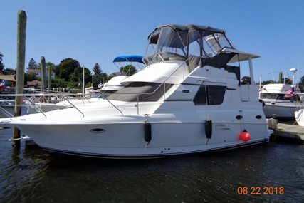 Silverton 322 MOTORYACHT for sale in United States of America for $45,000 (£36,083)