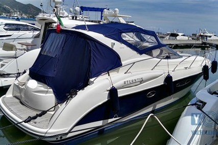 Atlantis 42 for sale in Italy for €108,000 (£96,661)
