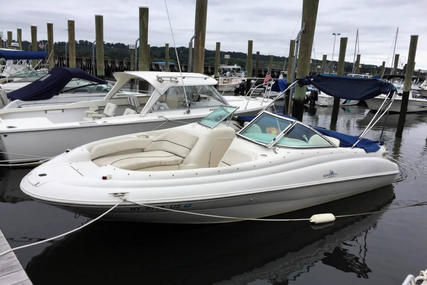 Sea Ray 210 Sundeck for sale in United States of America for $13,500 (£10,692)