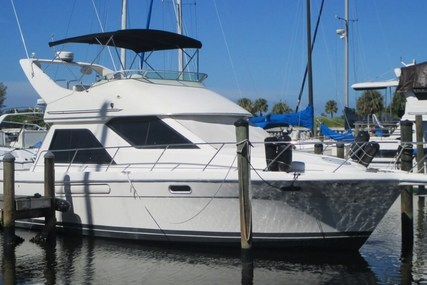 Bayliner 3788 Command Bridge for sale in United States of America for $62,000 (£47,102)