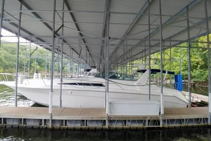 Sea Ray 420/440 Sundancer for sale in United States of America for $55,000 (£41,784)