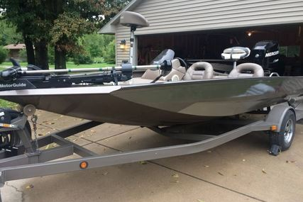 Xpress X17 for sale in United States of America for $15,000 (£11,408)