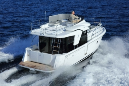 Beneteau Swift Trawler 30 for sale in France for €209,900 (£188,550)