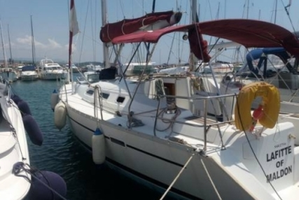 Beneteau Oceanis 393 for sale in Greece for £49,500