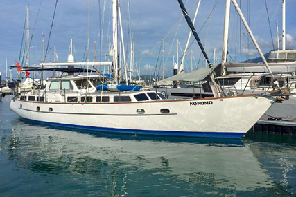 Cooper Pilothouse 60 for sale in Thailand for $695,000 (£528,465)