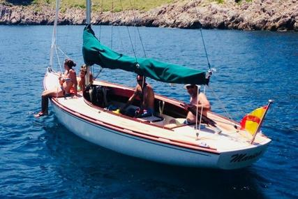 Tofinou 7 for sale in Spain for €58,000 (£51,778)