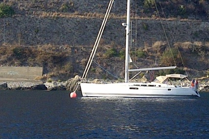 Jeanneau Sun Odyssey 49i for sale in France for €215,000 (£191,424)