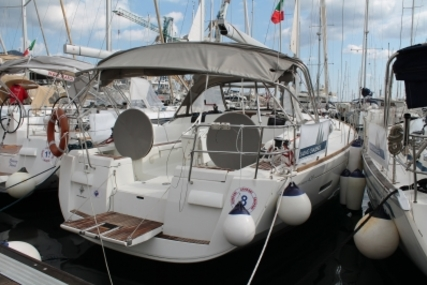 Jeanneau Sun Odyssey 439 for sale in Italy for €135,000 (£116,687)