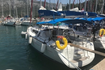 Jeanneau Sun Odyssey 33i for sale in Croatia for €47,500 (£42,513)