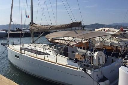 Jeanneau Sun Odyssey 349 for sale in France for £95,000