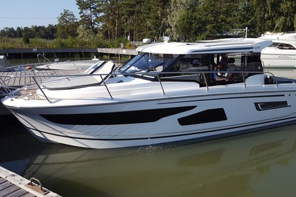 Jeanneau Merry Fisher 1095 for sale in Finland for €249,000 (£220,019)