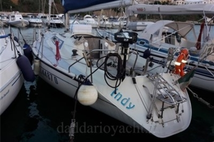 Dehler 34 for sale in Italy for €28,000 (£24,764)