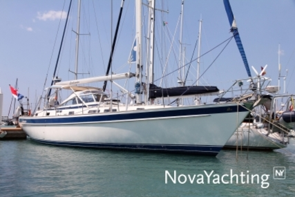 Hallberg-Rassy 42 F MK II for sale in Italy for €209,000 (£185,069)
