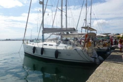 Beneteau Oceanis 373 for sale in Greece for £59,950
