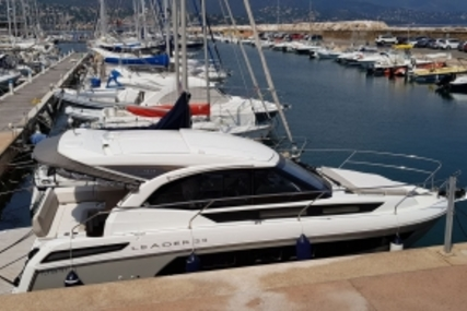 Jeanneau Leader 33 for sale in France for €235,000 (£205,920)