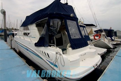 Sealine 330 Statesman for sale in Italy for €65,000 (£57,188)