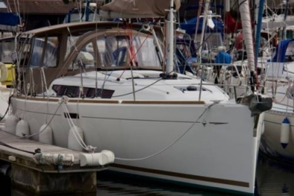 Jeanneau SUN ODYSSEY 379 LIFTING KEEL for sale in United Kingdom for £134,950