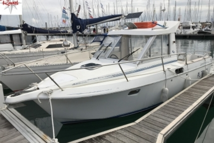 Beneteau Antares 680 LB for sale in France for €9,900 (£8,731)