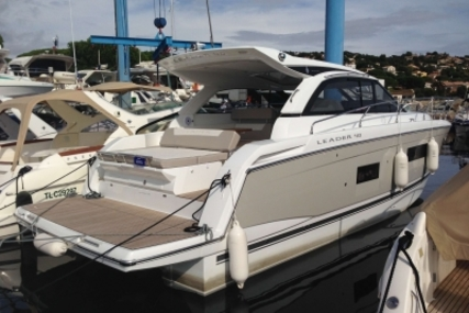 Jeanneau Leader 40 for sale in France for €255,000 (£224,456)