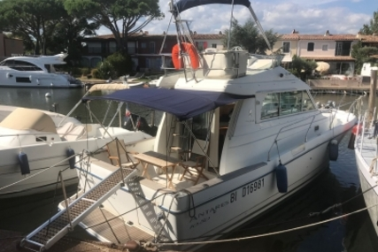 Beneteau Antares 10.80 for sale in France for €79,000 (£71,278)
