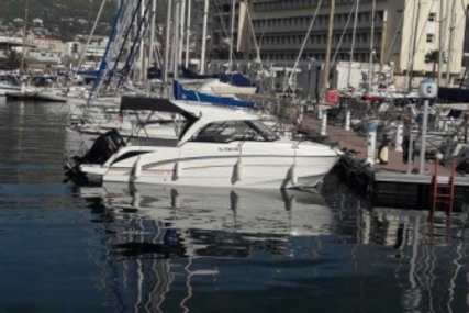 Beneteau Antares 7 OB for sale in France for €49,900 (£44,830)