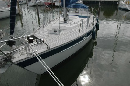Hallberg-Rassy 352 for sale in Netherlands for €52,000 (£46,925)
