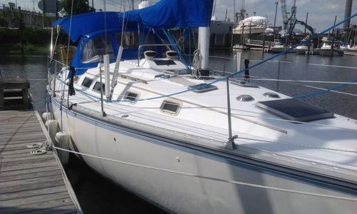 Image of Hunter 34 for sale in United States of America for $16,500 (£12,621) Bridgeport, Connecticut, United States of America