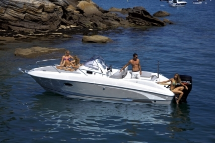 Beneteau Flyer 750 Sundeck for sale in France for €39,900 (£35,489)