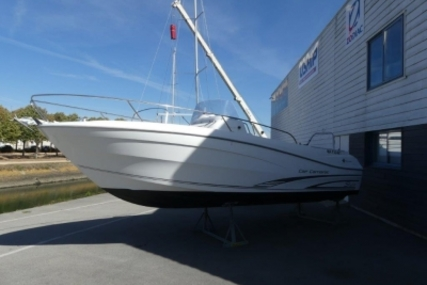 Jeanneau Cap Camarat 7.5 Cc for sale in France for €41,000 (£36,436)