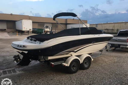 Sea Ray 220 Select for sale in United States of America for $18,999 (£14,686)