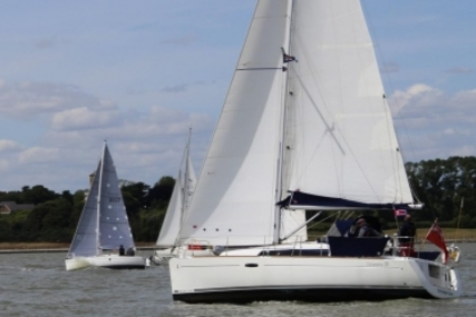 Beneteau Oceanis 31 for sale in United Kingdom for £59,950