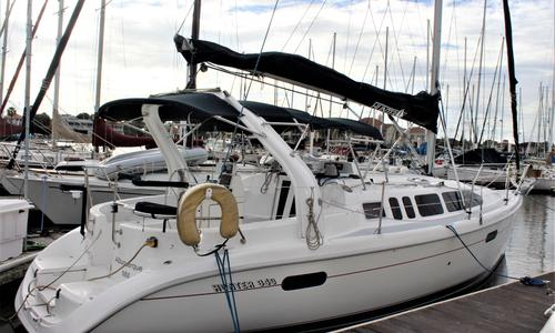 Image of Hunter 340 for sale in United States of America for $57,900 (£44,056) Kemah, TX, United States of America