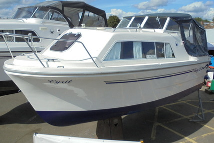 Viking Yachts 20 Wide Beam 'Cyril' for sale in United Kingdom for £16,995