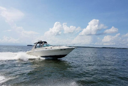 Sea Ray 340 Sundancer for sale in United States of America for $64,500 (£49,513)