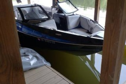 Axis 23 for sale in United States of America for $82,300 (£61,977)
