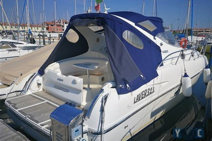Salpa Laver 32.5 for sale in Italy for €67,000 (£60,367)