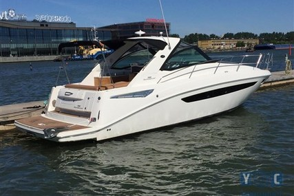 Sea Ray 355 SUNDACER for sale in Sweden for €270,000 (£242,836)