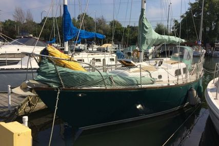 Pearson 32 Vanguard for sale in United States of America for $12,000 (£9,227)