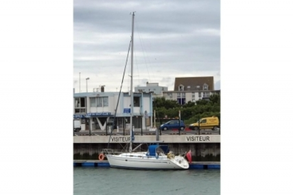 Bavaria Yachts 37 for sale in United Kingdom for £47,500