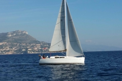 Jeanneau Sun Odyssey 33i for sale in Monaco for €69,000 (£61,982)