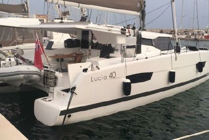 Lucia 40- 2016 for sale in Italy for €390,000 (£351,114)
