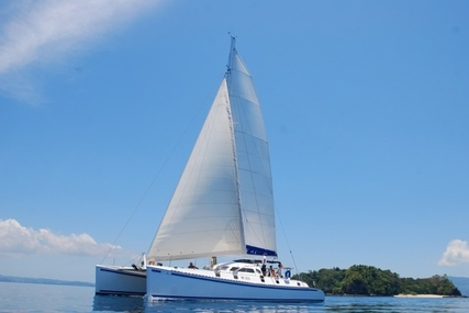 Outremer 55 LIGHT- 1996 for sale in Madagascar for €210,000 (£189,061)